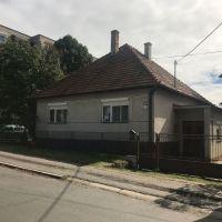 Rodinný dom, Šahy, 107 m², Pôvodný stav