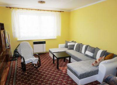 Ponúkam na predaj 2 izbový byt, Turčianske Teplice, časť Diviaky.