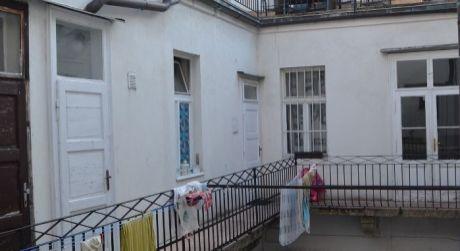 AKCIA NA PRENÁJOM - 2,5 izbový byt v úplnom centre Starého Mesta