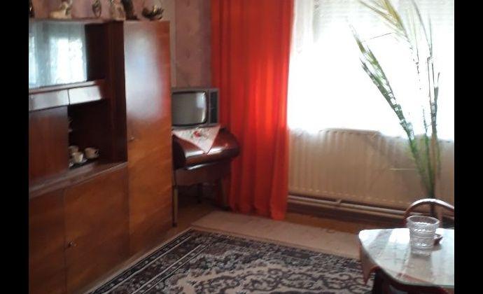 Na predaj rodinný dom v Rastislaviciach.