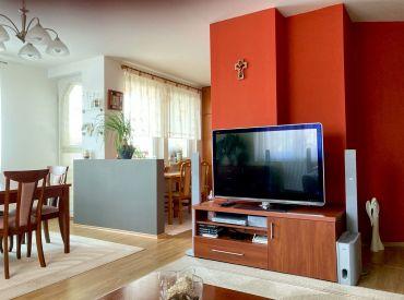 Na predaj krásny 3izb. byt vo vyhľadávanej lokalite na Trenčianskej ul. v BA.