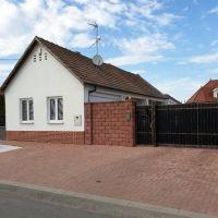 Rodinný dom, Slovenská Nová Ves, 60 m², Kompletná rekonštrukcia