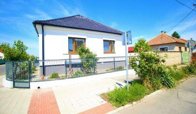 PREDAJ - zrekonštruovaný rodinný dom v centre mesta Malacky- ihneď voľný