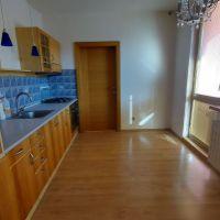 3 izbový byt, Holíč, 74 m², Čiastočná rekonštrukcia
