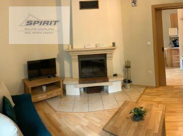 REZERVOVANÉ - 2-izbový apartmán s parkovacím miestom NA PREDAJ - Ružomberok - Hrabovo