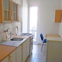 2 izbový byt, Bratislava-Nové Mesto, 48 m², Čiastočná rekonštrukcia