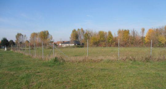 Investícia do pozemku 1365m2 v dobrej lokalite, Piešťany