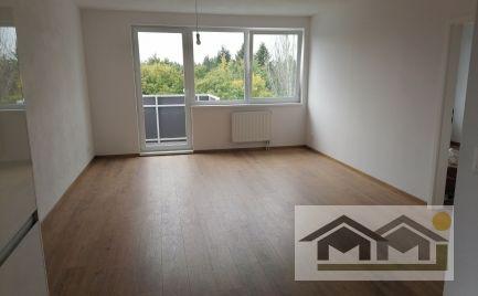 Chrenová,novostavba 2 izb bytu s balkónom a park.miestom