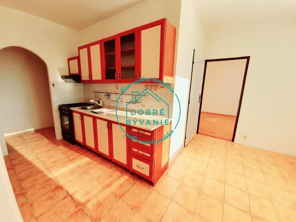 3-izbový byt-Predaj-Nové Zámky-75000.00 €
