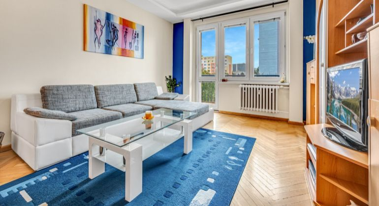 REZERVOVANÉ - Pekný 2 izbový byt pri OC Retro na Šalviovej ulici.