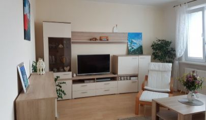 Na predaj 3.izbový byt Petržalka, Krásnohorská.