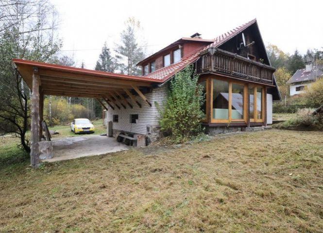 Rodinný dom - Nálepkovo - Fotografia 1