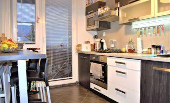 Zrekonštruovaný, zariadený 2 izbový byt s loggiou na predaj Martin - Priekopa