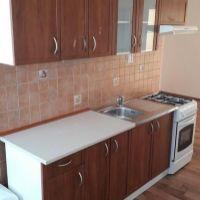 4 izbový byt, Komárno, 81 m², Čiastočná rekonštrukcia
