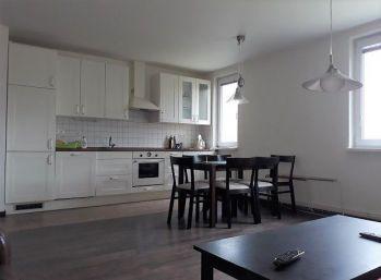 Exkluzívne-Zariadený 4-izbový  byt s balkónom po kompletnej rekonštrukcii  Žilina - Považský Chlmec