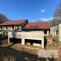 Polyfunkčný objekt, Lošonec, 2410 m², Novostavba
