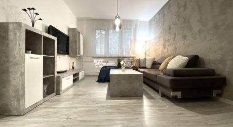 PREDANÉ_Kompletne zrekonštruovaný 2+1 izb. byt /52m2/ CENTRUM (BULVÁR) - Žilina