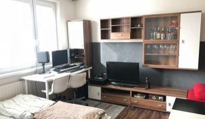 Na predaj 1.izbový byt Petržalka, Rovniankova.