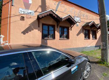 Exkluzívne - objekt bývalého baru v Kluknave o celkovej rozlohe 500 m2