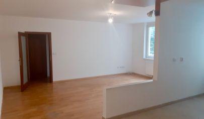 ZNÍŽENÁ CENA Predaj veľkého 2i byt na Galvániho ulici
