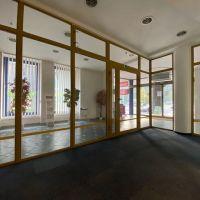 Obchodné, Banská Bystrica, 25.34 m², Kompletná rekonštrukcia