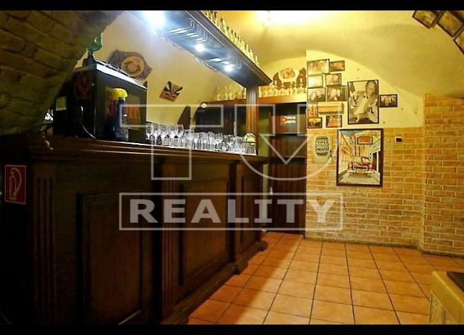 reštaurácia - Topoľčany - Fotografia 1