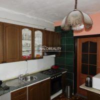 3 izbový byt, Topoľčany, 72 m², Čiastočná rekonštrukcia