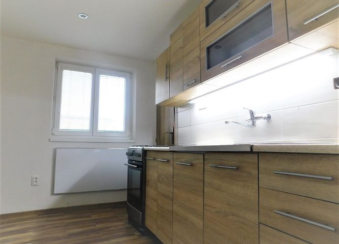 3 izbový byt - Ruskov - Fotografia 1