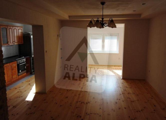 2 izbový byt - Podhradie - Fotografia 1