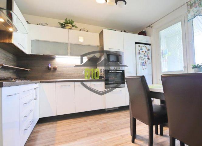 3 izbový byt - Rovinka - Fotografia 1