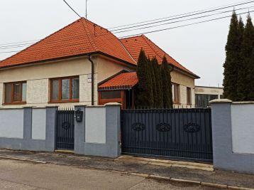 4 izbový rodinný dom Topoľová ul. Sereď