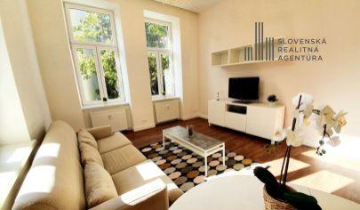 PRENAJATÉ: krásny 2 - izbový byt na prenájom, samostatné izby, 1./5 posch., priamo v centre Bratislavy, Hviezdoslavovo námestie