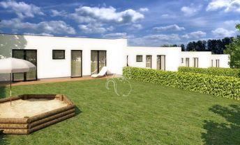 Rodinný dom s pozemkom, terasou a átriom