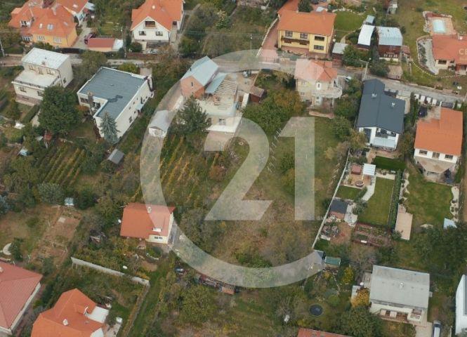 pre rodinné domy - Nitra - Fotografia 1