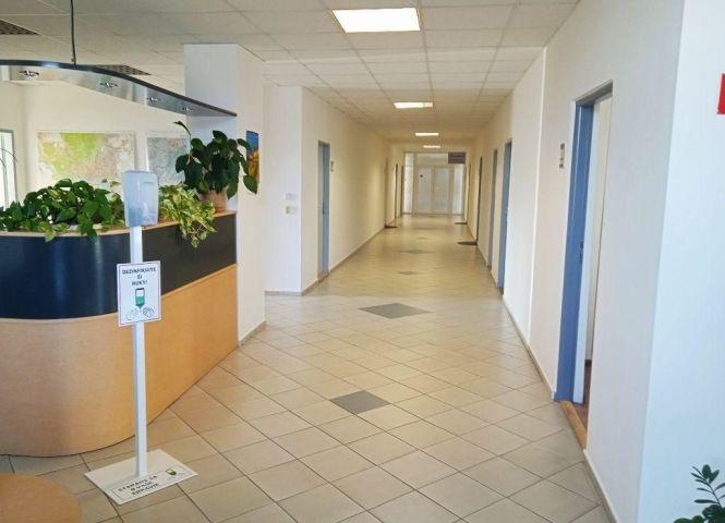 kancelárie - Bratislava-Vajnory - Fotografia 1