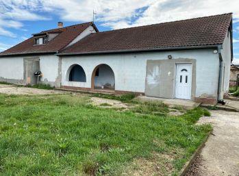 Rodinný dom, 120 m2, Šarovce, Levice