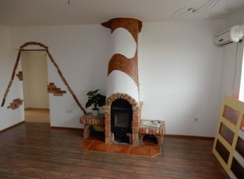 Pekný 4 izbový byt, 82 m2 s balkónom, Ipeľský Sokolec