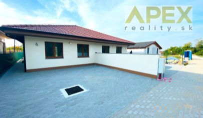 APEX reality_novostavba 4i. rodinného domu v Koplotovciach s krásnym výhľadom, 85 m2