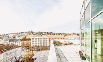 Na predaj LUXUSNÝ 4-izbový byt s terasou a s dvomi garážovymi miestami v CENTRE BRATISLAVY