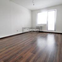 1 izbový byt, Vrbové, 39 m², Kompletná rekonštrukcia