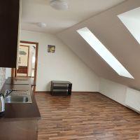 2 izbový byt, Stupava, 50 m², Čiastočná rekonštrukcia
