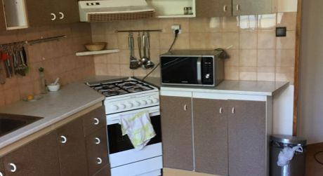 Na predaj 2 izbový byt v Záturčí s loggiou, vhodný pre ZŤP