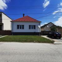 Rodinný dom, Trstice, 130 m², Kompletná rekonštrukcia