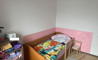 Veľkometrážny 4-izbový byt po kompletnej rekonštrukcii v BA - Vrakuňa