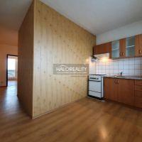 3 izbový byt, Rimavská Sobota, 70 m², Čiastočná rekonštrukcia