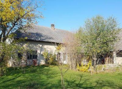 Ponúkame Vám na predaj Veľký Rodinný dom V obci Macov na pozemku o rozlohe 2.840 m2