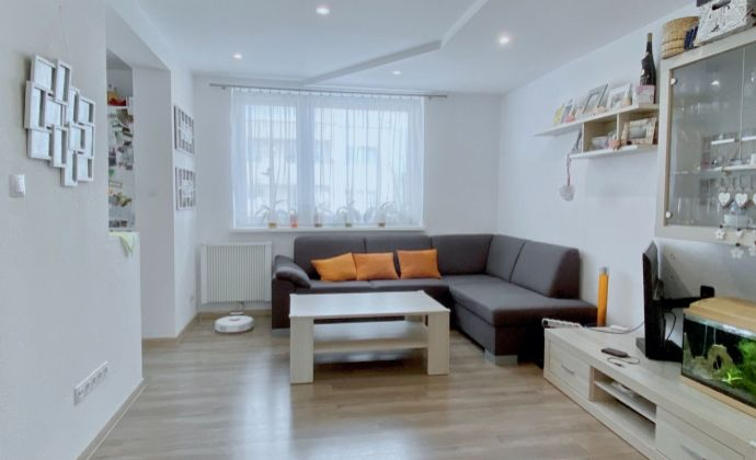 Na predaj 4 izbový byt Sebedražie, 85 m², 1.p./2.p., Cintorínska ulica