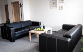Ponúkame Vám na prenájom kancelársky priestor 43,85 m2  , Dubnica nad Váhom - Obrancov mieru.
