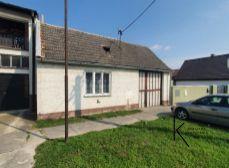 Realitná kancelária Kľúč - 5 izbový poschodový rodinný dom v obci Horná Krupá