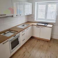 2 izbový byt, Bánovce nad Bebravou, 67 m², Kompletná rekonštrukcia